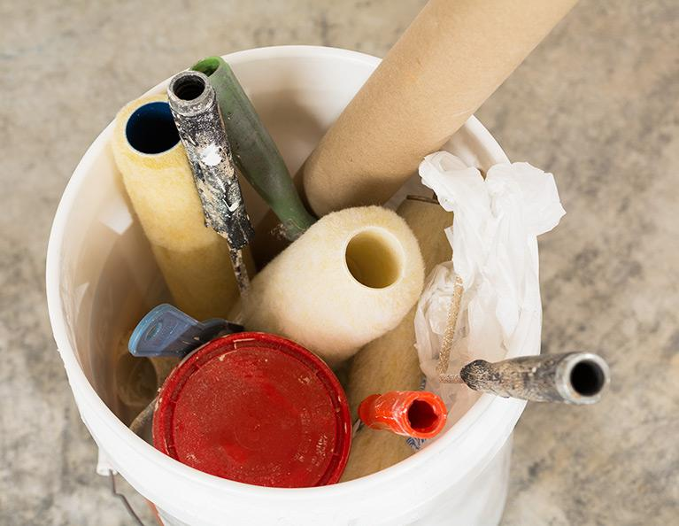 cleanup interior home painting